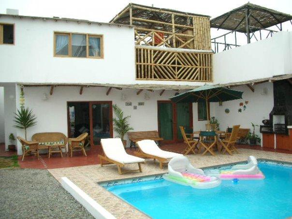 Casa de playa pulpos con piscina y propia parrilla y casa for Apartamentos con piscina y playa