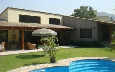 Casa Rinconada La Molina con piscina