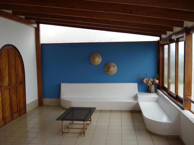 Casa de playa lurin los pulpos for Casas con terraza al frente
