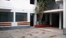 Local comercial en Miraflores 20 ambientes con licencia Calle Jorge Polar