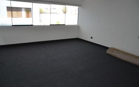 Alquiler oficina en san isidro camino real cerca miguel dasso for Muebles de oficina en san isidro