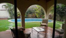 Casa Santiago de Surco Calle Los Amarilis con piscina