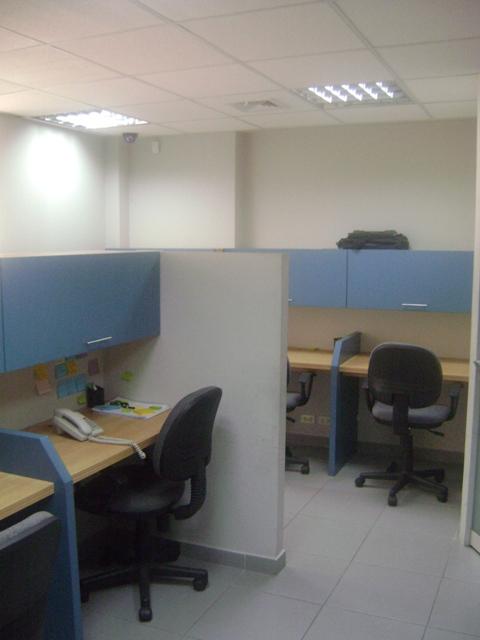 Departamento para oficina implementada las camelias san isidro for Oficinas cam