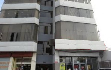 Oficinas-Local-Comercial-Almacen